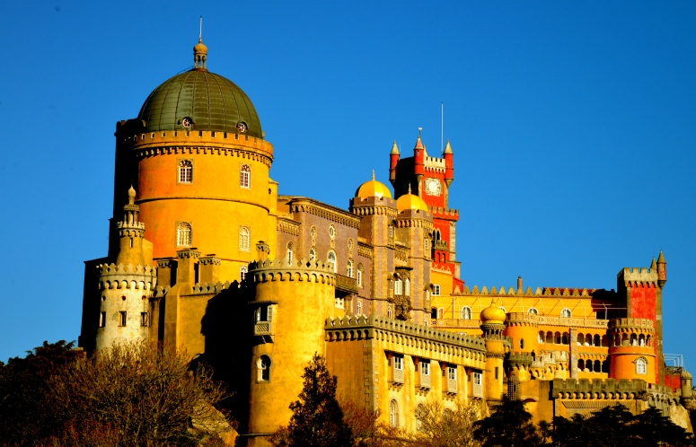 DNXB_Sintra_Castle_Sunset