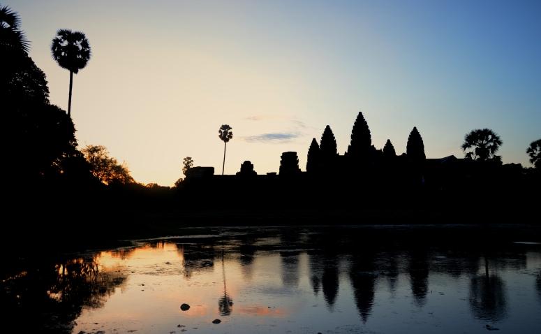 Angkor_Wat_Pre_Sunrise_Sunset_Cambodia_DNXB