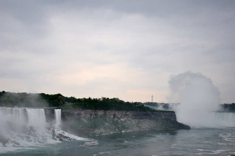 American Falls on the left and Horseshoe Falls shrouded on the right