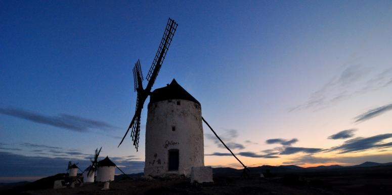 DNXB dongnanxibei Morlno Rucio Consuegra Don Quixote La Mancha Windmill Spain Travel Nikon