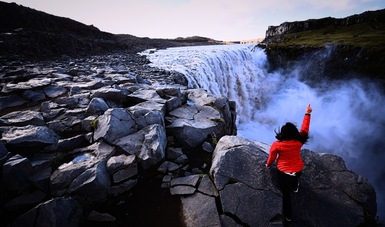 Cindy Dettifoss Red Jacket Iceland Ring Road North DNXB dongnanxibei
