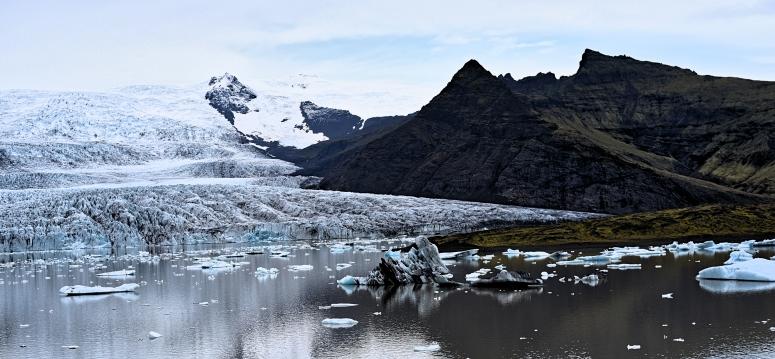 Fjallsarlon Jokulsarlon Glacial Lagoon Iceland DNXB dongnanxibei