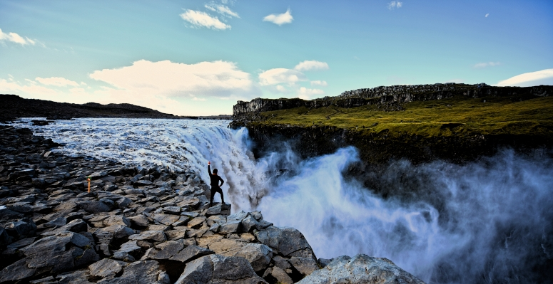 Will Dettifoss By The Edge Northern Iceland Myvatn Waterfall DNXB dongnanxibei