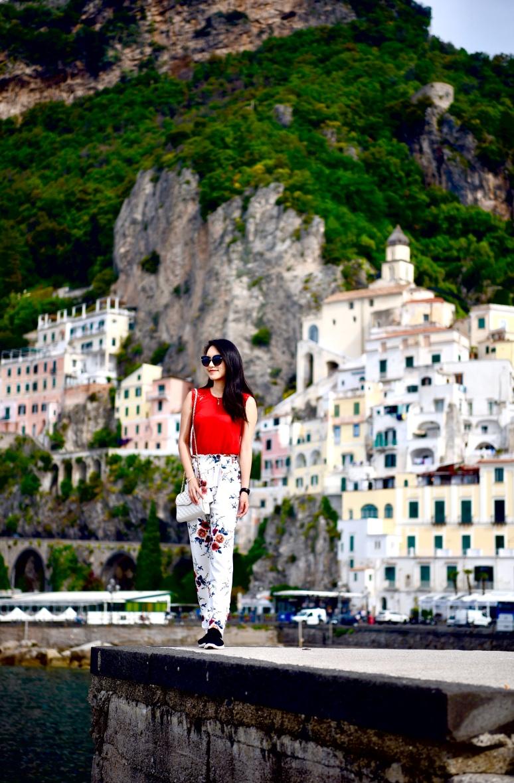 Amalfi Coast Town Flower Pants Hike Ferry DNXB dongnanxibei
