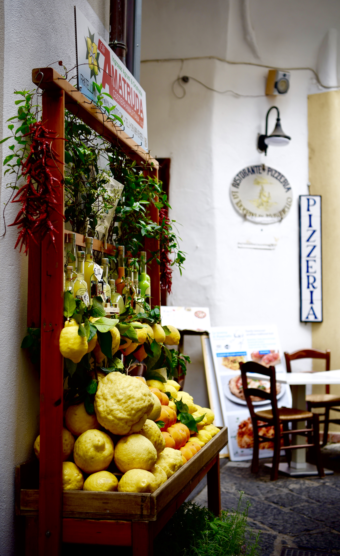 Fruit Stand Lemon Citrus Amalfi Duomo Coast DNXB dongnanxibei
